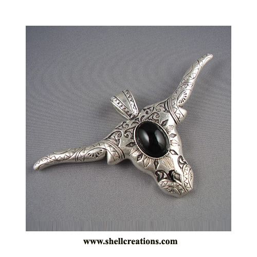 MP1101DGE/Long Horn Pendant with Black Onyx